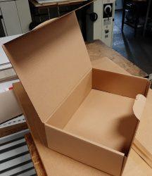 Archiváló karton doboz (szabványos levéltári)